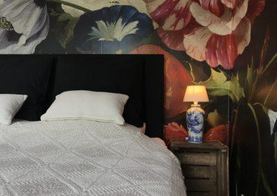 Flora B&B kamer Den Haag heerlijk bed boxspring
