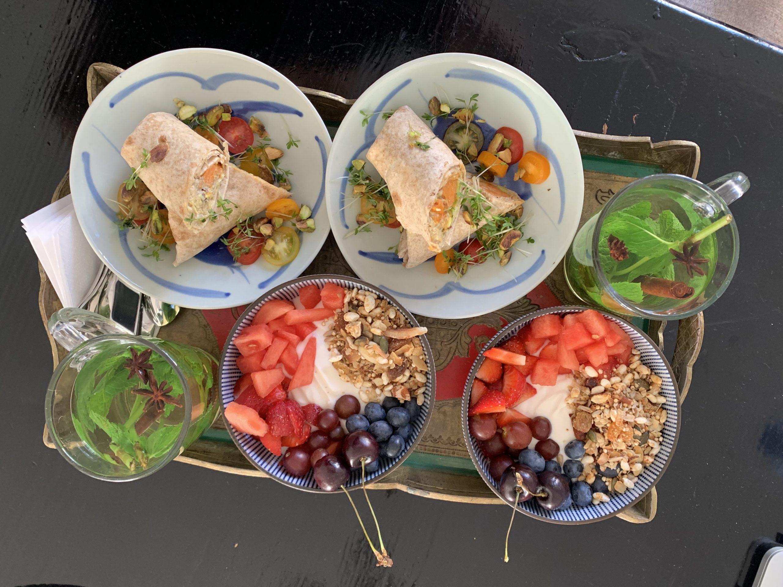 vegetarisch ontbijt b&b valkenbos met hummus